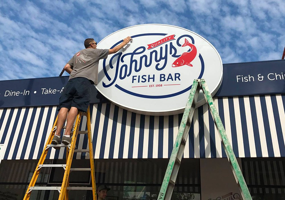 Johnny's Quality Fish Bar Como new signage installed