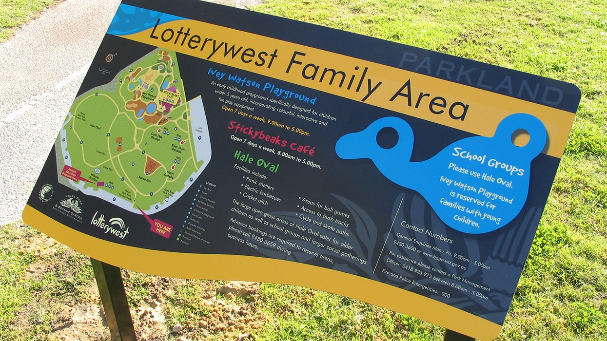 Kings Park Map Sign - Lotterywest Family Area